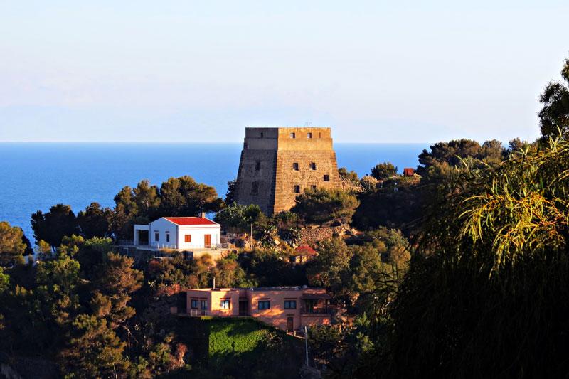 Torre di S. Maria Ustica