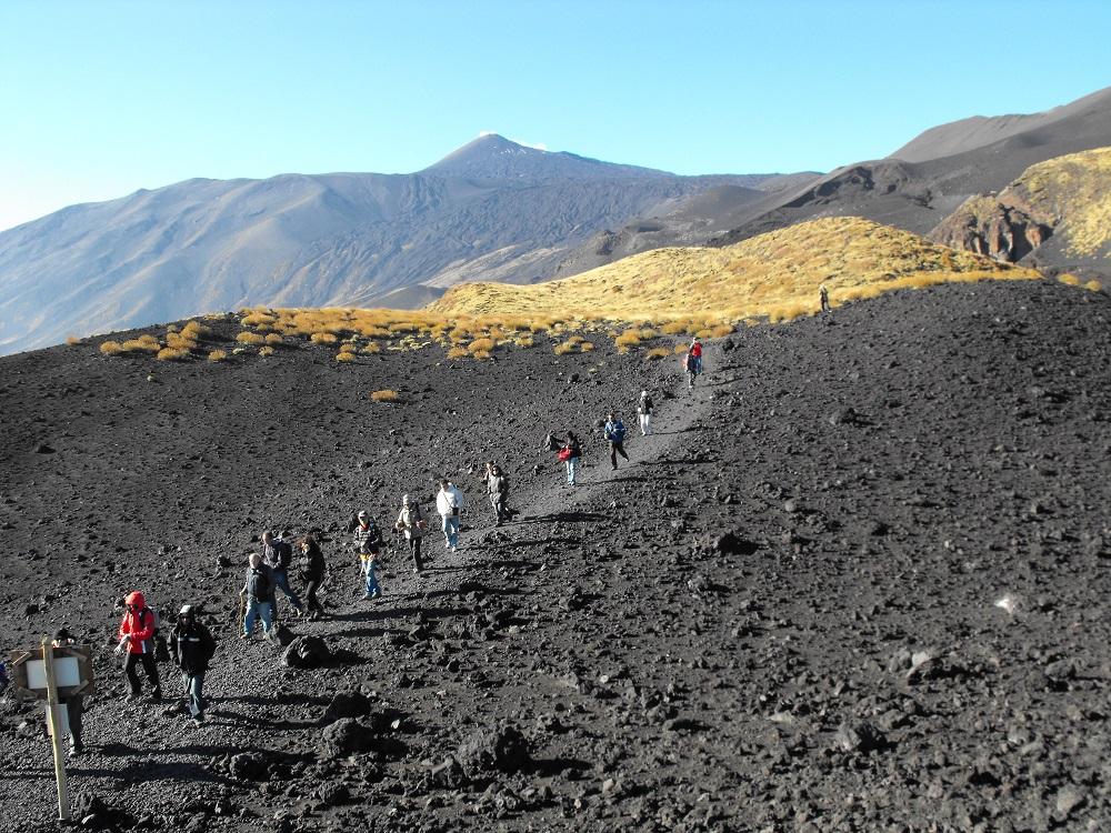 Etna-wycieczka-piesza-Sycylia