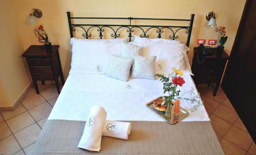 hotel Columbia noclegi Palermo