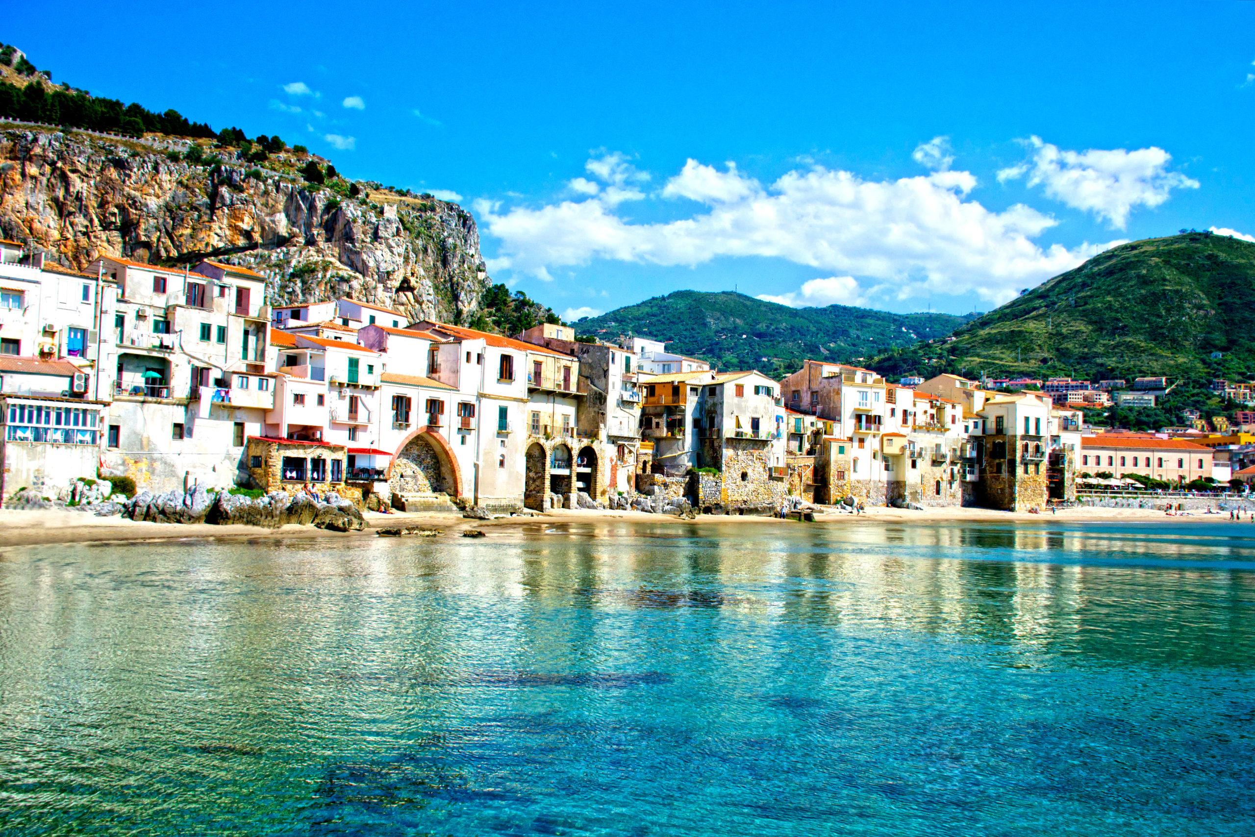 Palermo - najlepsze noclegi przy plaży z widokiem na morze