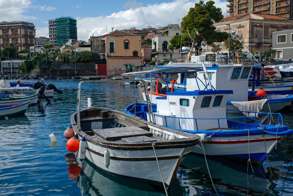 Łódż, plaża Katania, Włochy