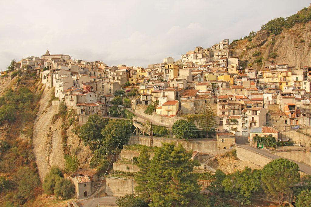 Stare Miasto na skale - Caltabellotta, Sycylia